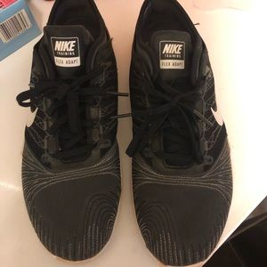 Nike Flex Adapt Size 9 Tennis Shoes